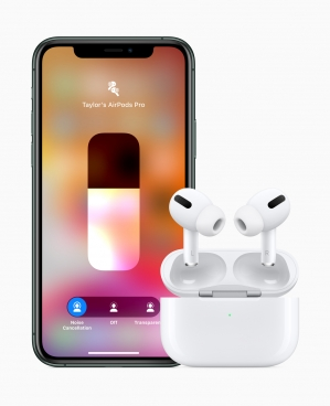 Apple_airpodspro_iphone11pro_102819